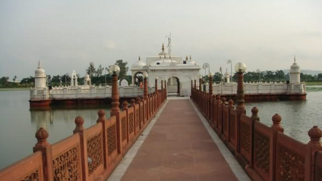 Jalmandir, Pawapuri